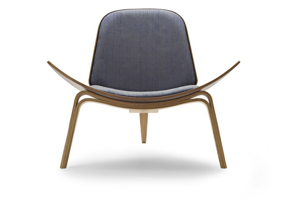 © Carl Hansen & Son: Shell Chair