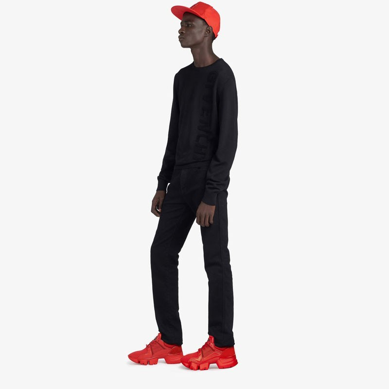 givenchy jaw low