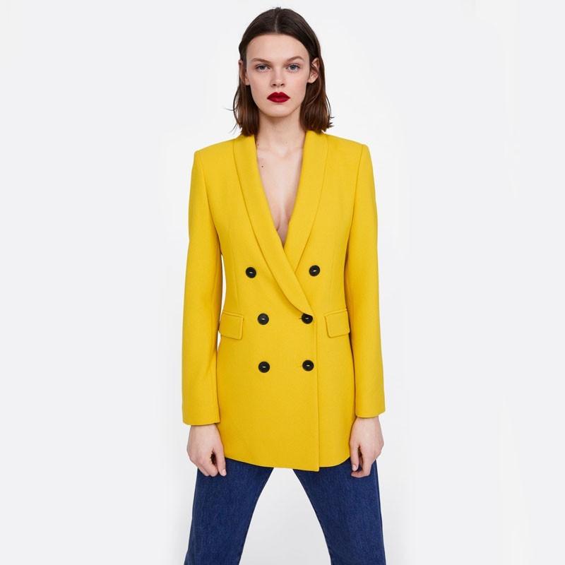 53db99b3 Zara presents the double breasted blazer | Brandoo