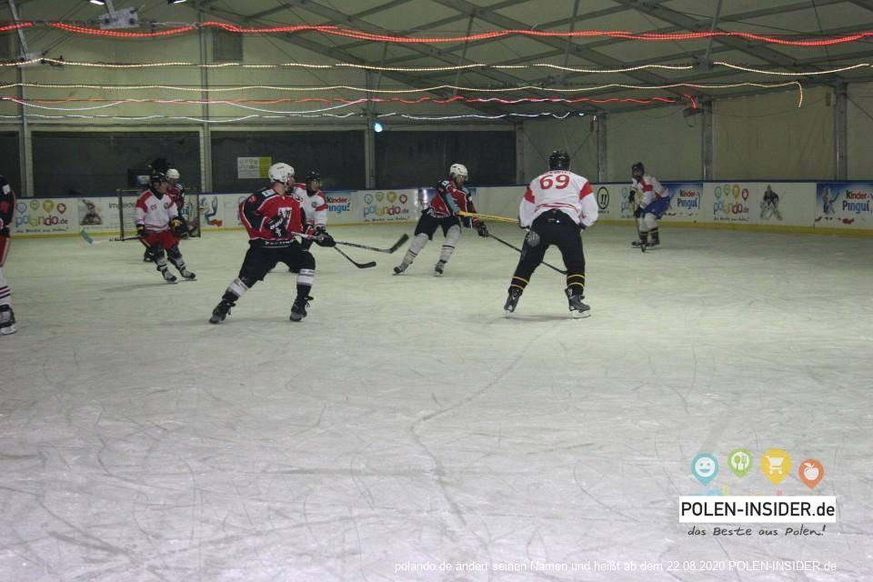 Hockeyturnier in der Eishalle in Slubice