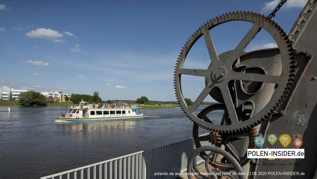 Die vierte Saison der Schifffahrten mit der Zefir an der Oder