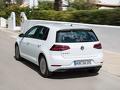 Volkswagen_e-golf_-_2.jpg