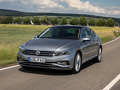 Volkswagen_Passat_Limousine_-_Modelfoto_NEW_-_5.jpg