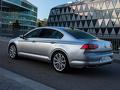 Volkswagen_Passat_Limousine_-_Modelfoto_NEW_-_9.jpg