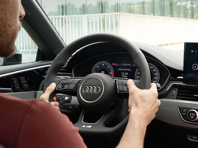 Audi_A5_Coupe_-_Virtual_Cockpit.jpg