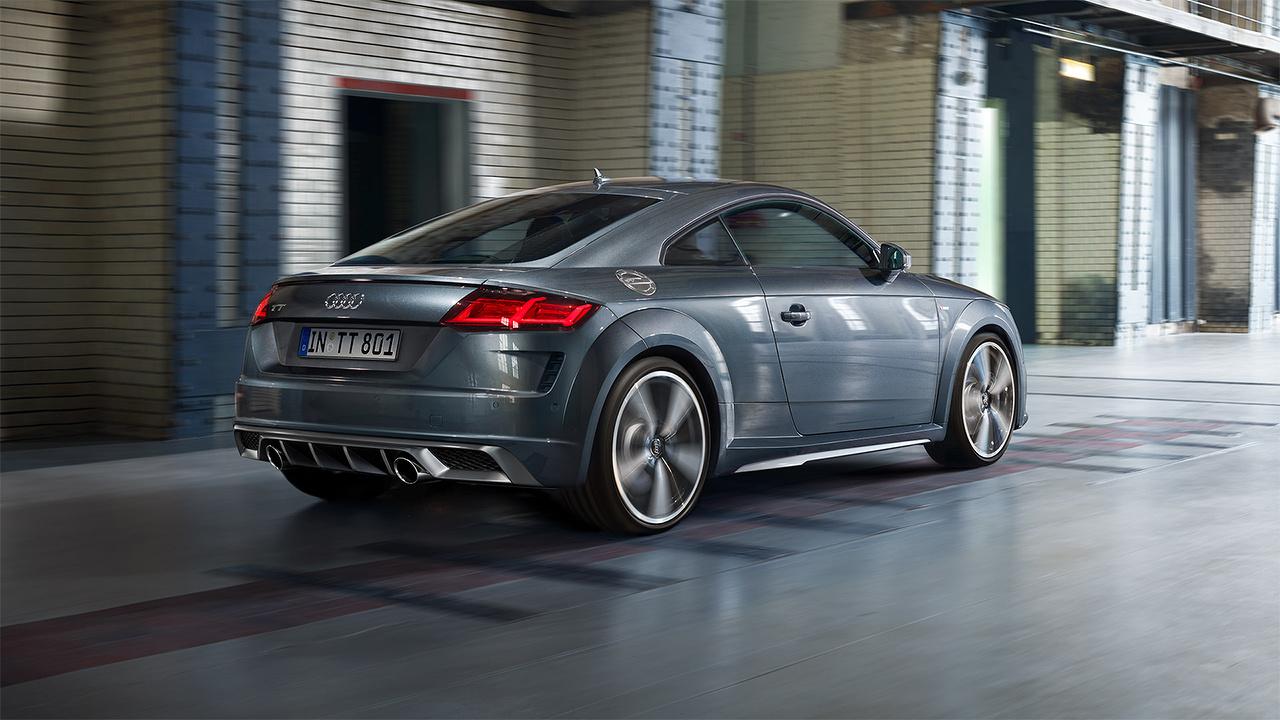 Audi_TT_Coupe_-_Rijbeleving.jpg