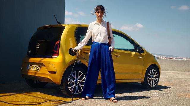 Volkswagen_e-up_-_2020_-_Afbeelding_2.jpg
