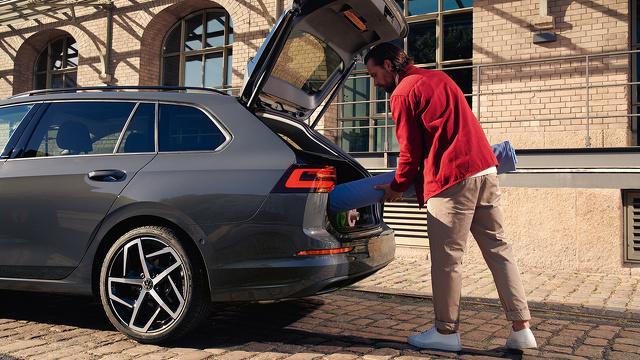 De_nieuwe_Volkswagen_Golf_Variant_-_Modelpagina_A_4.jpg