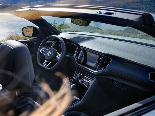 Volkswagen_T-Roc_Cabrio_-_MP_-_Van_alle_gemakken_voorzien.jpg