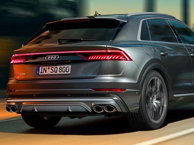 Audi_SQ8_TDI_1.jpg