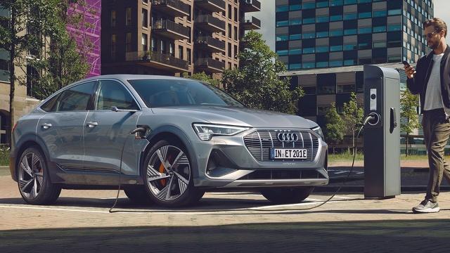 Audi_e-tron_Sportback_-_Modelpagina_Sfeer_1.jpg
