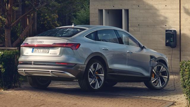 Audi_e-tron_Sportback_-_Modelpagina_Sfeer_2.jpg