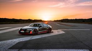 Audi_RS_e-tron_GT_-_Pure_Energy_-_10.jpg