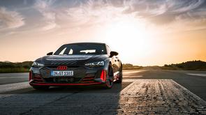 Audi_RS_e-tron_GT_-_Pure_Energy_-_12.jpg