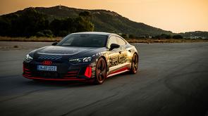 Audi_RS_e-tron_GT_-_Pure_Energy_-_8.jpg