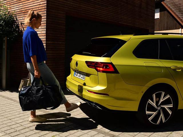 De_nieuwe_Volkswagen_Golf_Variant_-_Modelpagina_F_2.jpg