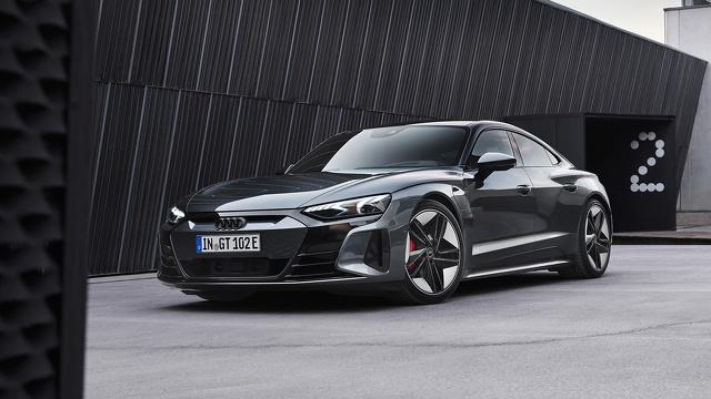 Audi_e-tron_GT_en_Audi_RS_e-tron_GT_onthuld_8.jpg