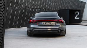 Audi_e-tron_GT_en_Audi_RS_e-tron_GT_onthuld_23.jpg