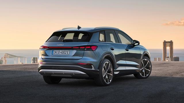 Audi_Q4_e-tron_en_Audi_Q4_e-tron_Sportback_onthuld_5.jpg