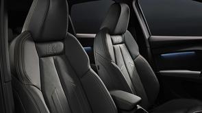 Audi_Q4_e-tron_en_Audi_Q4_e-tron_Sportback_onthuld_10.jpg