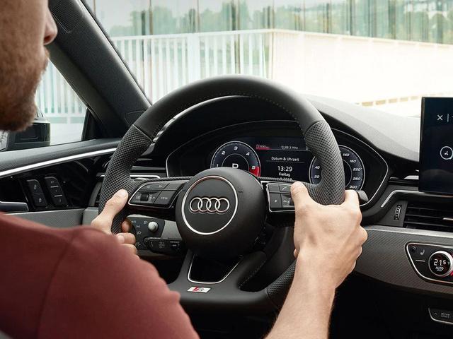 Audi_A5_Coupe_-_Virtual_Cockpit.jpg