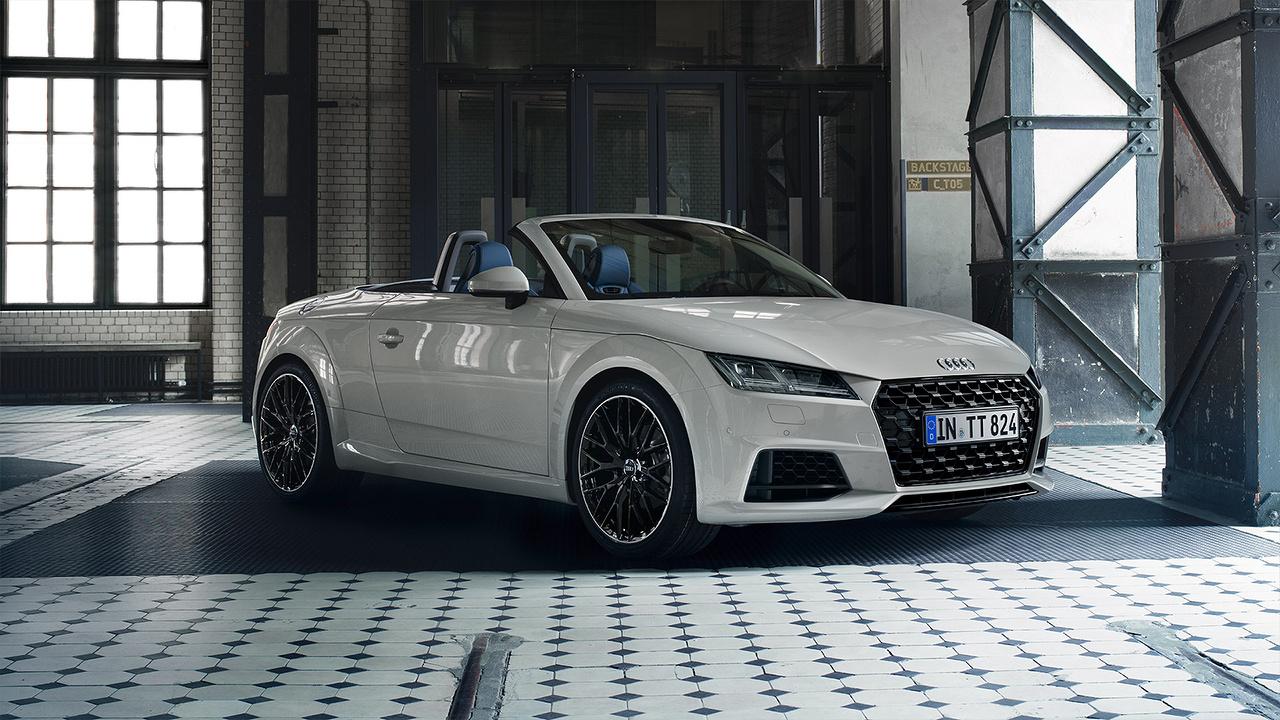 Audi_TT_Roadster_-_Dak_eraf.jpg