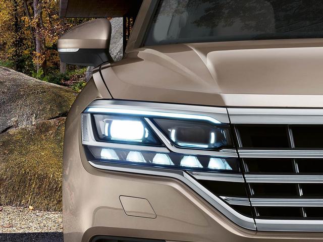 Volkswagen_Touareg_-_Matrix_LED_koplampen.jpg