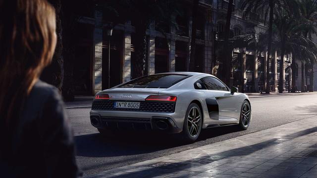Audi_R8_1_2.jpg