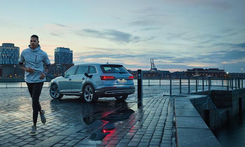Audi_Q7_plug-in_hybride.jpg
