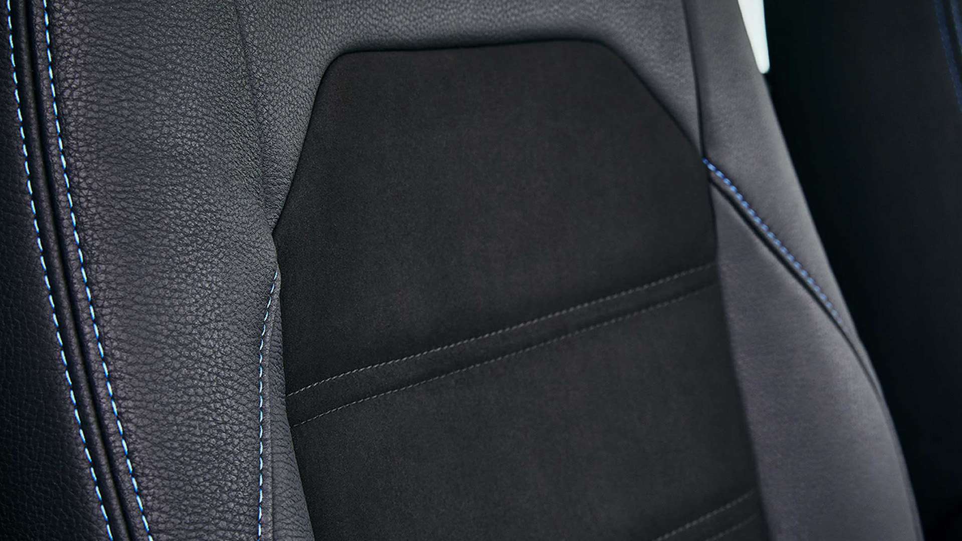 Volkswagen_Bedrijfwagens_Voor_Mekaar_Deals_-_Accessoires_-_Lederen_interieur.jpg