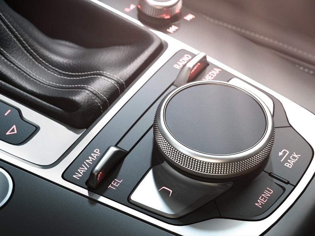 Audi A3 Cabriolet MMI