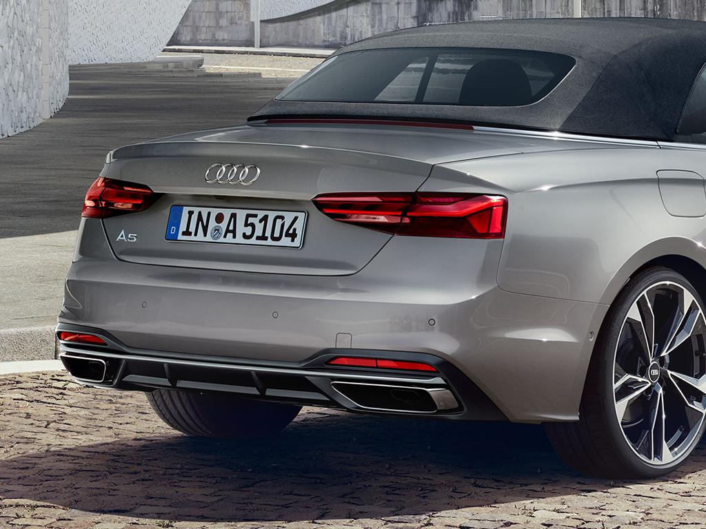 Audi_A5_Cabriolet_-_Led_achterlichten.jpg