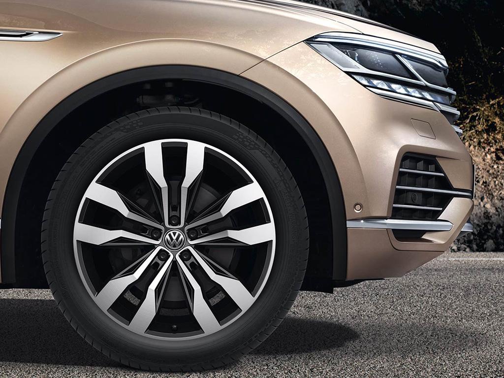 Volkswagen Touareg - Lichtmetalen velgen