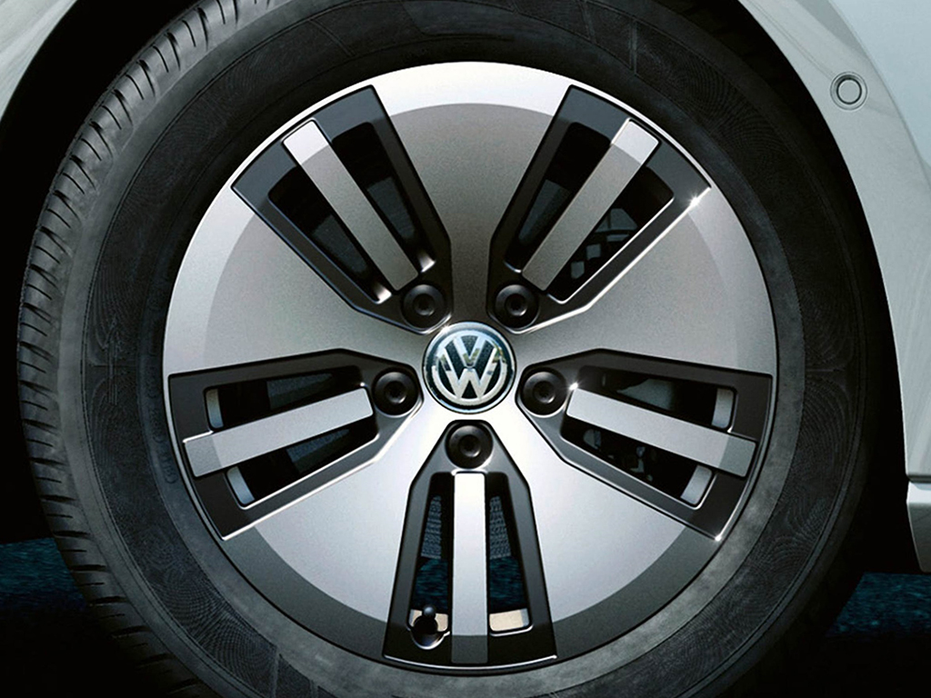 Volkswagen e-Golf 16 inch velgen