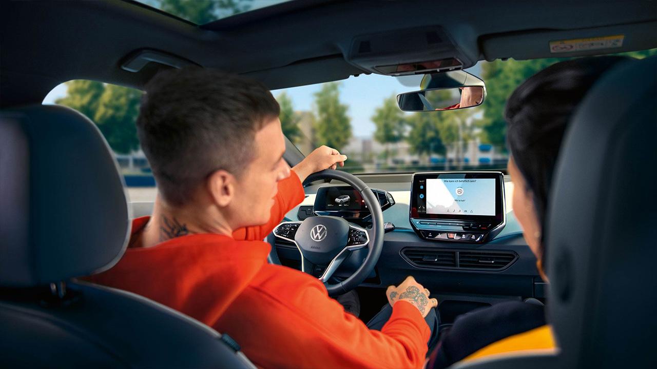 Volkswagen_ID3_-_Stem_bediening.jpg