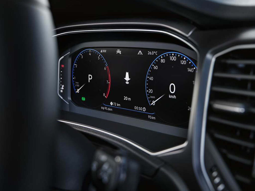 Volkswagen_T-Roc_Cabrio_-_MP_-_Active_Info_Display.jpg