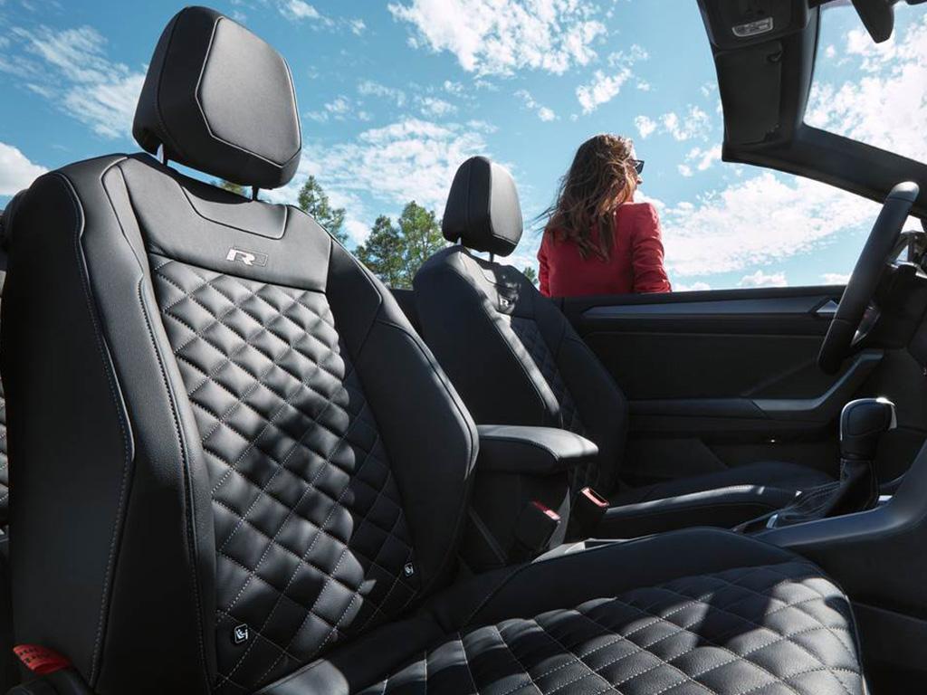 Volkswagen_T-Roc_Cabrio_-_MP_-_Lederen_stoelen.jpg