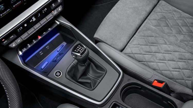 Audi-A3-2020-12