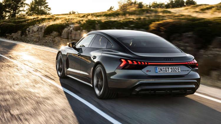 Audi e-tron GT en Audi RS e-tron GT onthuld (15)