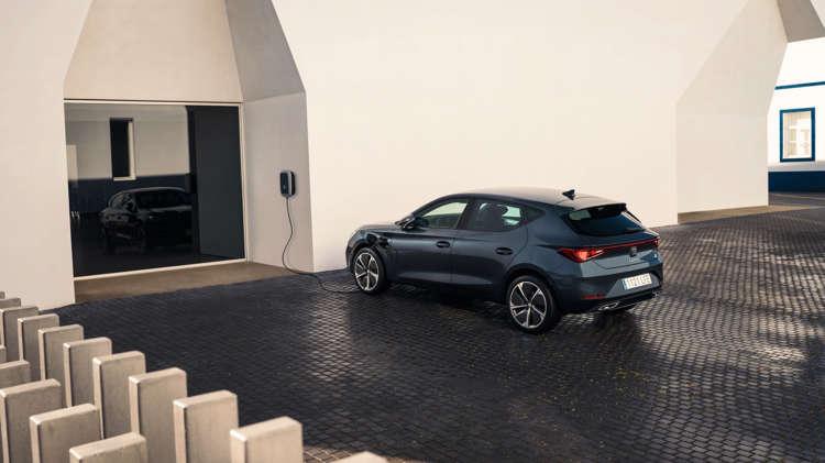 SEAT Leon nu ook als krachtige plug-in hybride - 1