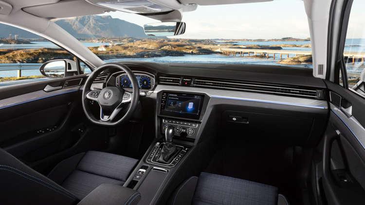 Volkswagen Passat GTE 7