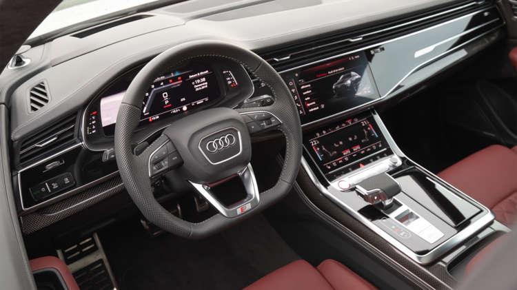 Audi_Q8_2019_0014_-wr-2226-139216