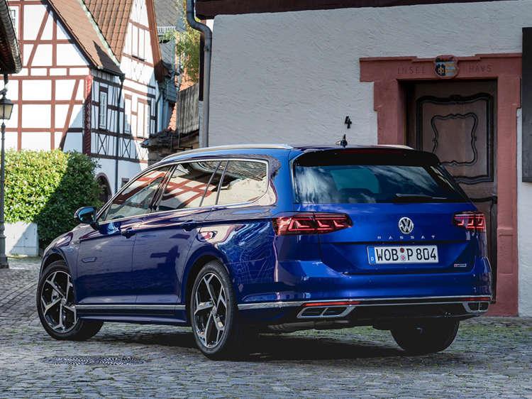 De nieuwe Volkswagen Passat nu in de showroom Blok 2