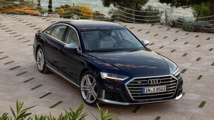 Uit de startblokken Audi S8 en A8 met V8-power 12