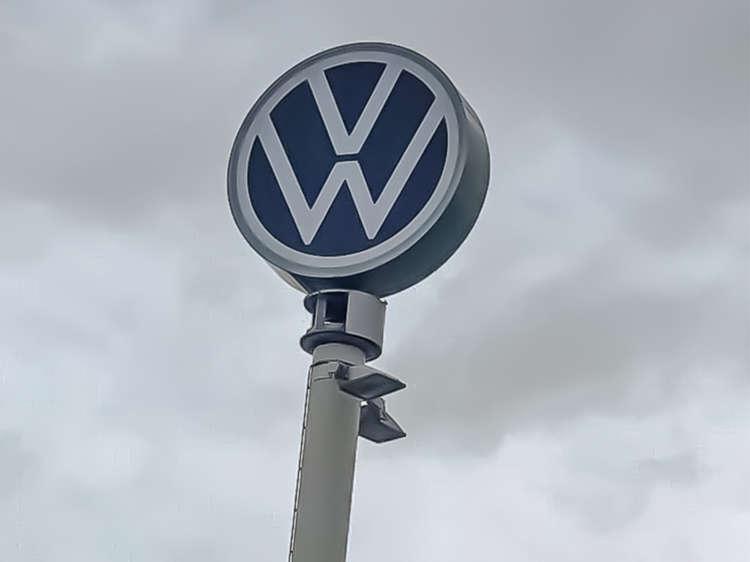 Nieuw logo Volkswagen Paal - Pon Occasion