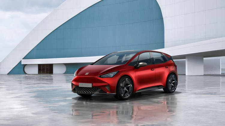 seat-el-born-plugged-into-electric-mobility-02-hqheader-564308