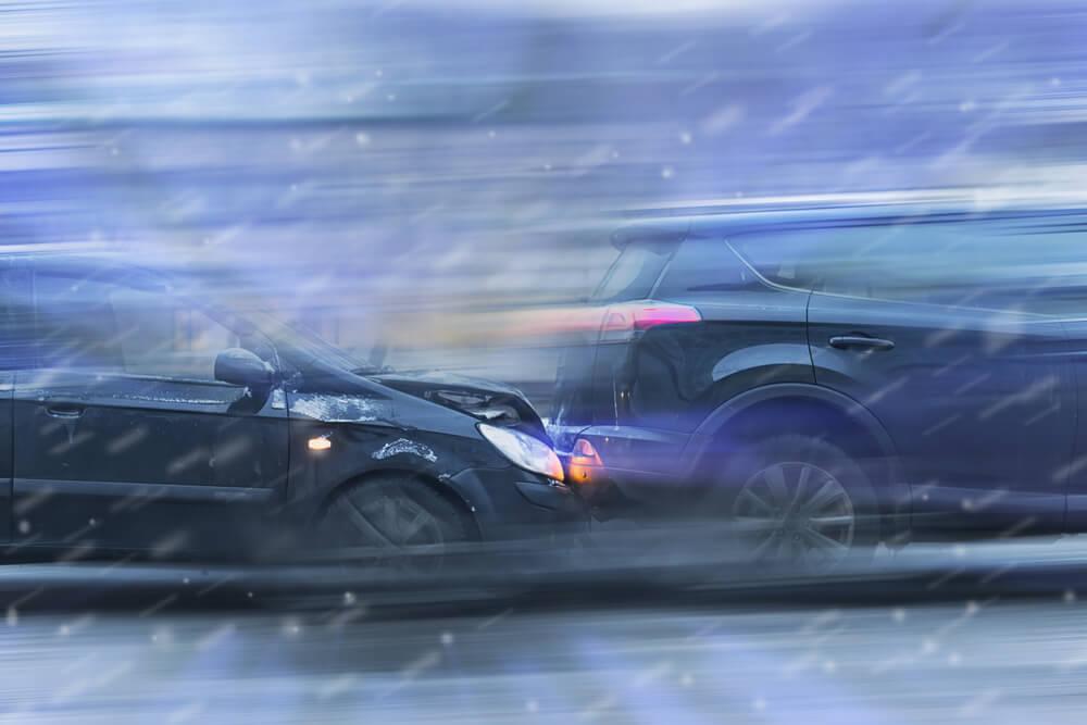 Stłuczka dwóch samochodów
