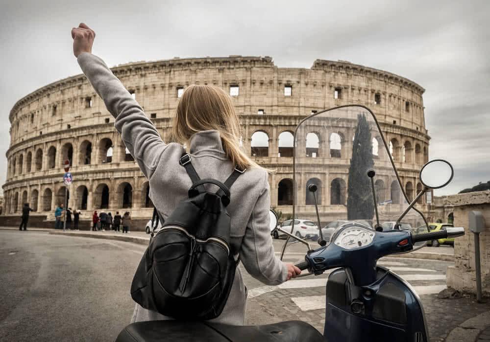 Podróżowanie wiąże się z koniecznością wykupu ubezpieczenia turystycznego