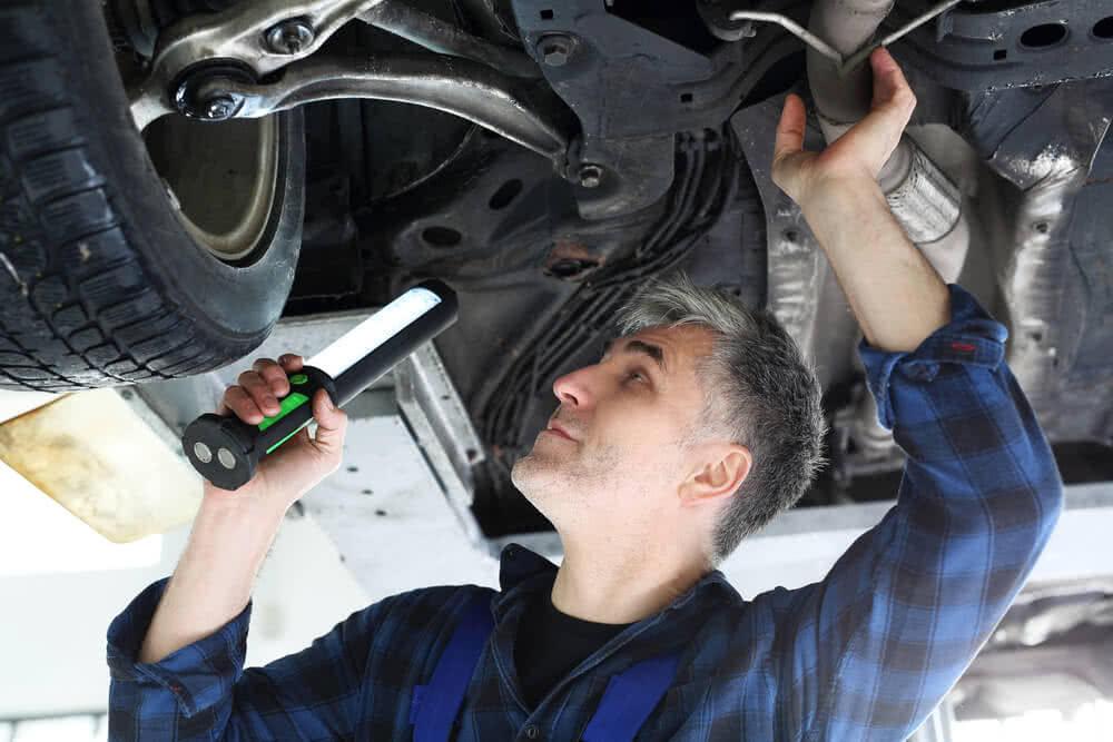 Co grozi za brak ważnego przeglądu technicznego auta
