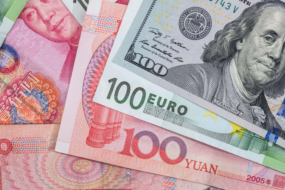 Posiadanie obcej waluty może wymagać założenia konta walutowego